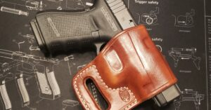 #DIGTHERIG – Joe and his GLOCK 19 in an El Paso Saddlery Combat Express Holster
