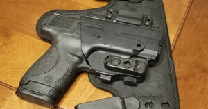 #DIGTHERIG – Zach and his Smith & Wesson M&P Shield in an Alien Gear Holster
