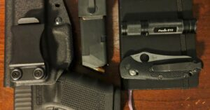 #DIGTHERIG – Phill and his Glock 19 in a TriStar Holster