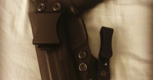 #DIGTHERIG – John and his Smith & Wesson M&P 9mm in a Concealment Express Holster