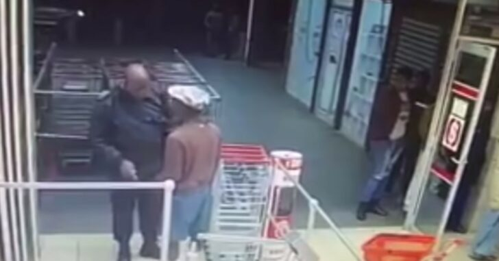 [WARNING: GRAPHIC] Security Guard Loses Fight When One Attacker Turns Into Multiple Attackers