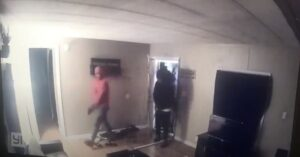 Video Shows Us How Quickly We'd Need To Be Ready For This Home Invasion