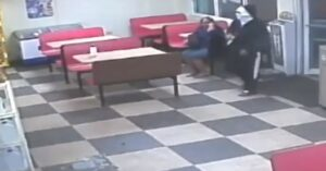 [VIDEO] Armed Robber Has No Idea Armed Resistance Is Right Next To Him