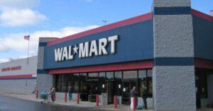 "Walmart CEO: Congress Should Revisit ""Assault Weapons Ban"""