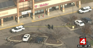 Security Guard Stops Armed Robbery At T-Mobile Store, Shoots Robber Twice