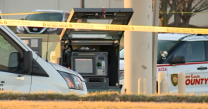 Bank Security Guards Filling ATM Machine Fend Off Multiple Armed Robbers, Fatally Shooting One