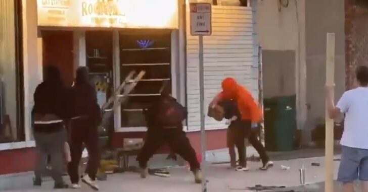 Woman Beaten In Broad Daylight By Rioters, Husband Pleads For Them To Stop *WARNING: GRAPHIC*