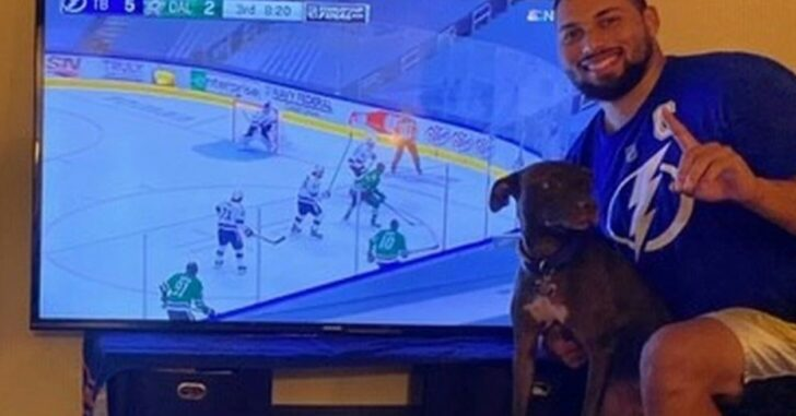 Fans Watch Tampa Bay Lightning Game At Home, Scream 'SHOOT! SHOOT!', Neighbor Calls Cops Thinking Domestic Violence