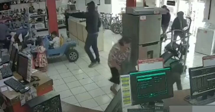 Guard Shot Twice, Able To Return Fire On Thugs During Armed Robbery