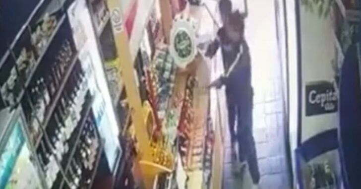 Two CHILDREN Pull Guns On Convenience Store Clerk Because He Wouldn't Sell Them Rolling Papers *WATCH*