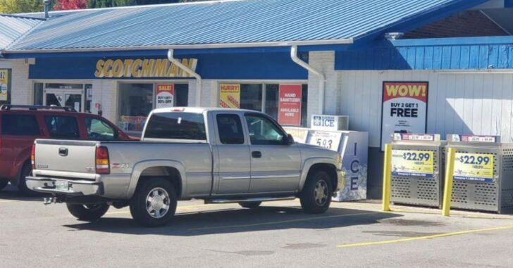 Store Clerk's Husband Intervenes in Holdup, Shoots Suspect After Being Threatened