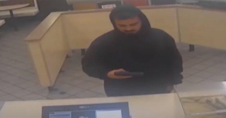 Man Waves Gun Around In Restaurant, Patrons Stick Around, Police Respond With Deadly Force