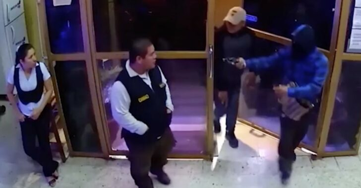 Casino Security Loses Against 2 Armed Robbers